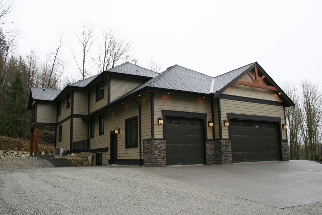 Detached at 11610 HODGKIN ROAD, Mission, British Columbia. Image 2