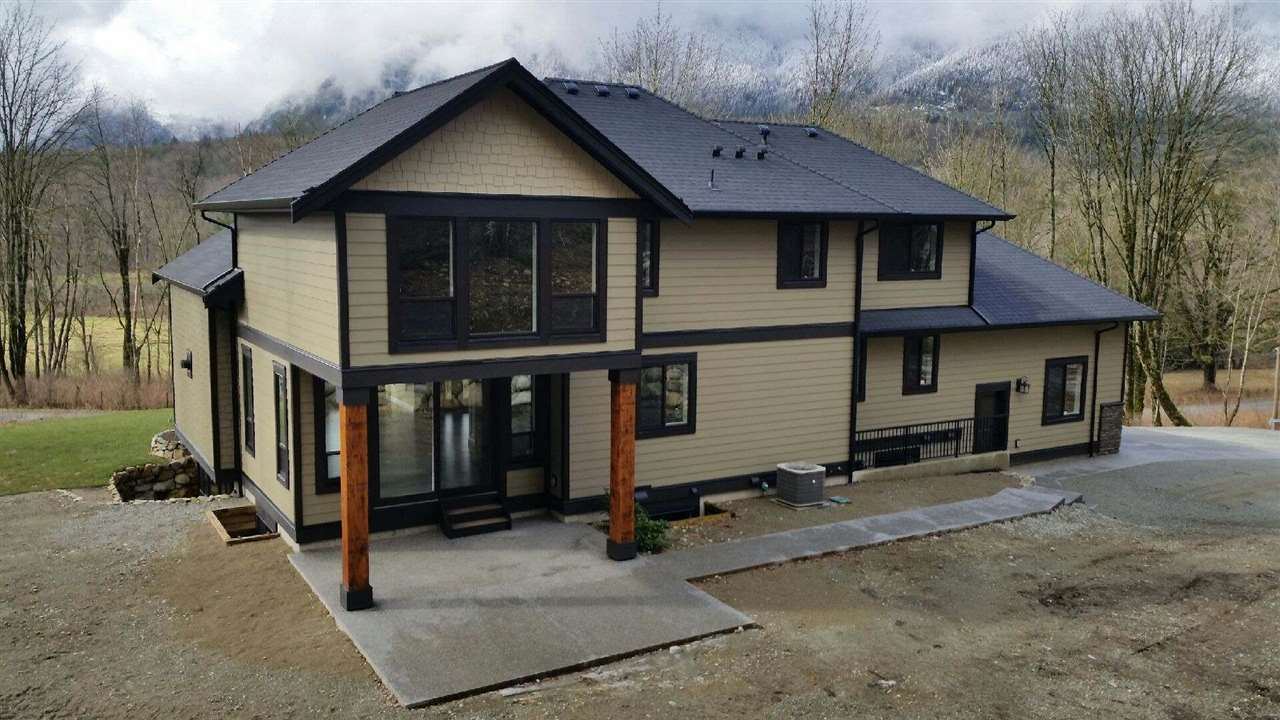 Detached at 11610 HODGKIN ROAD, Mission, British Columbia. Image 3