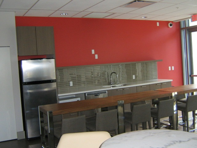 Condo Apartment at 3501 13325 102A AVENUE, Unit 3501, North Surrey, British Columbia. Image 4
