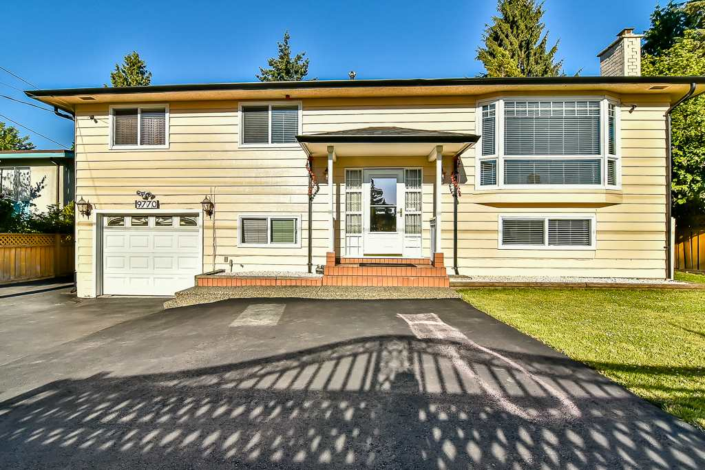 Detached at 9770 124 STREET, North Surrey, British Columbia. Image 1