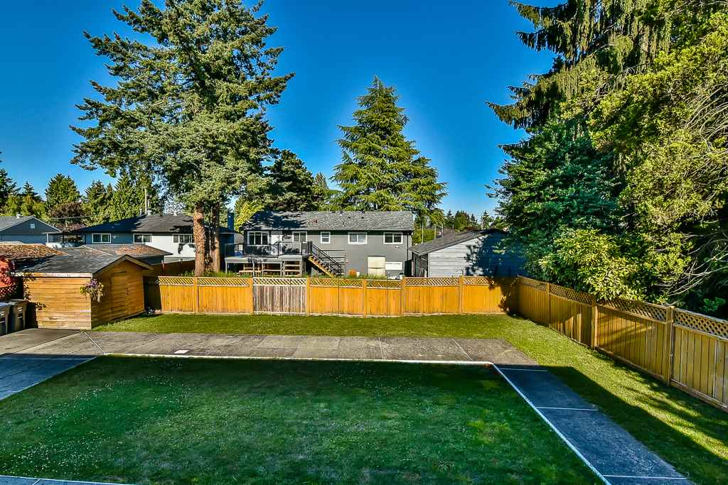 Detached at 9770 124 STREET, North Surrey, British Columbia. Image 20