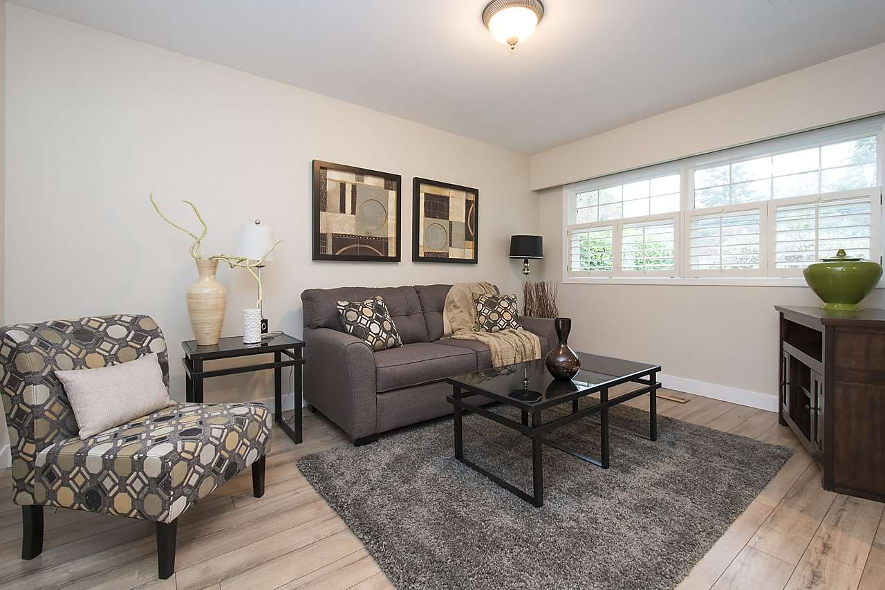 Detached at 1036 KINGS AVENUE, West Vancouver, British Columbia. Image 12