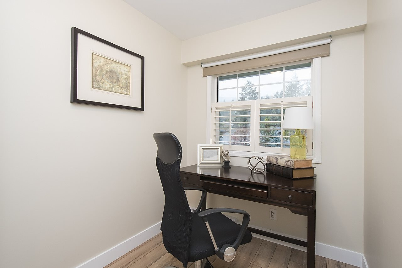 Detached at 1036 KINGS AVENUE, West Vancouver, British Columbia. Image 14