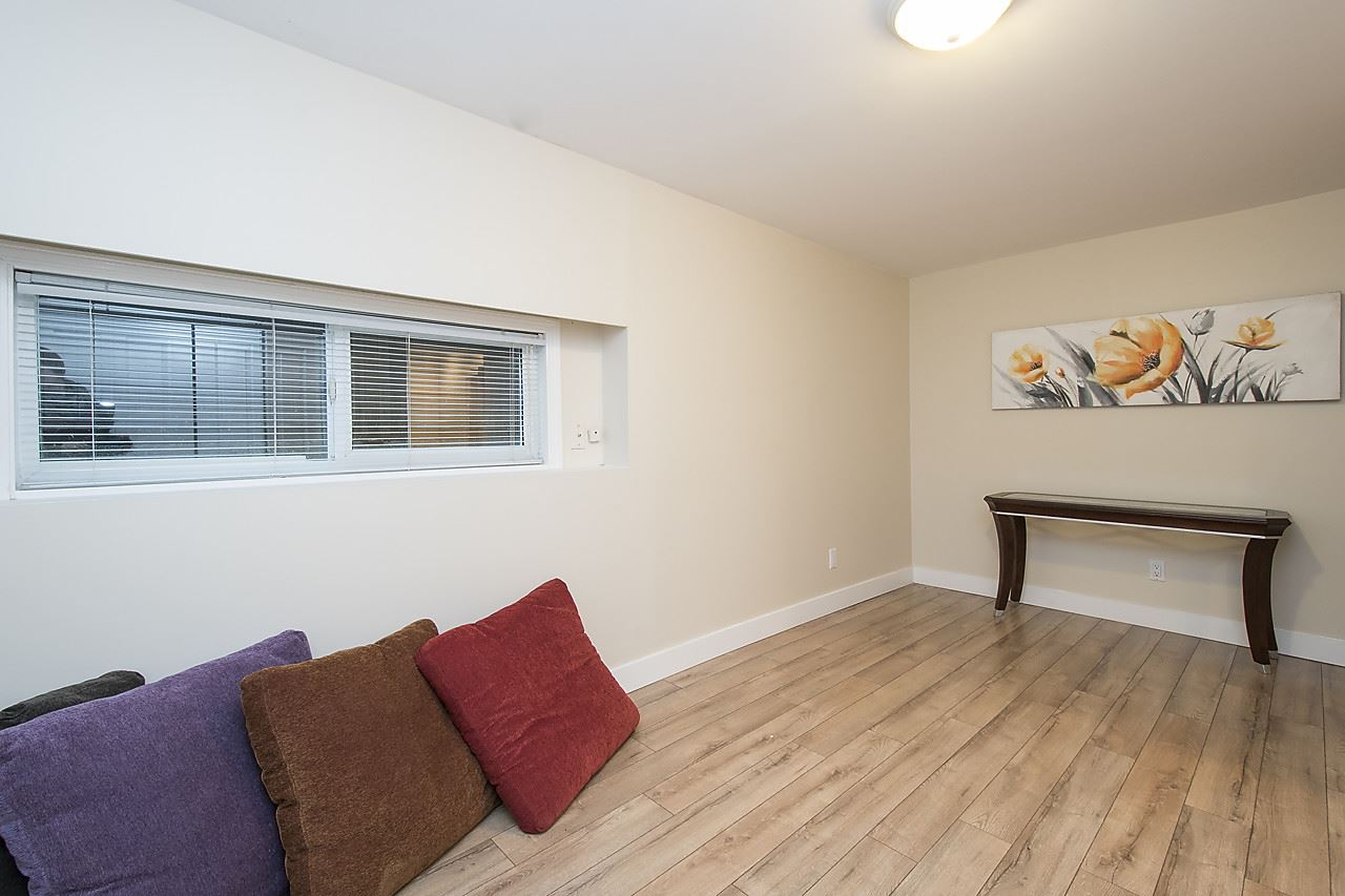 Detached at 1036 KINGS AVENUE, West Vancouver, British Columbia. Image 16
