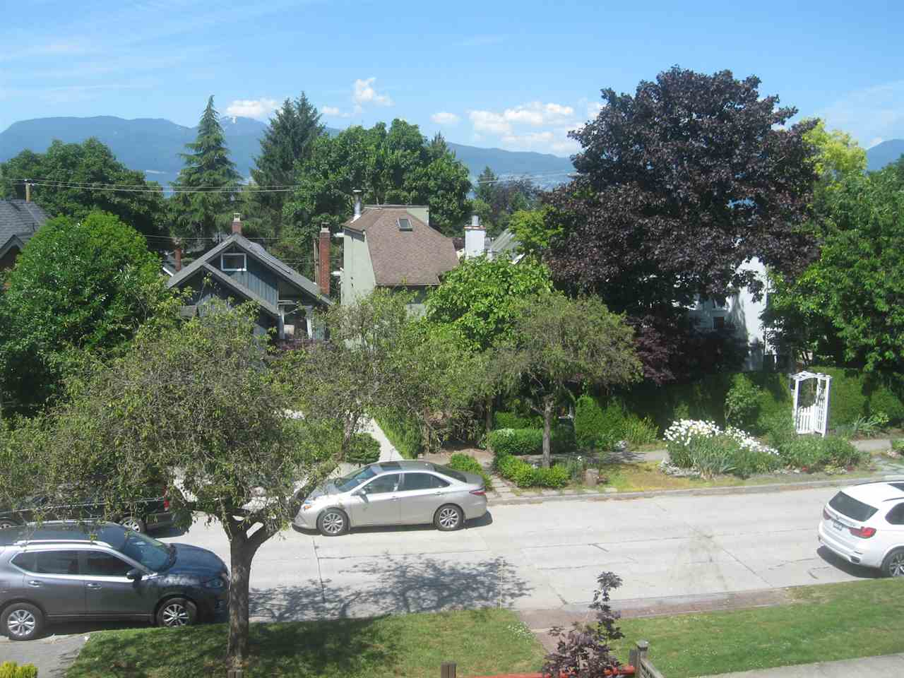 Detached at 4134 W 11TH AVENUE, Vancouver West, British Columbia. Image 2