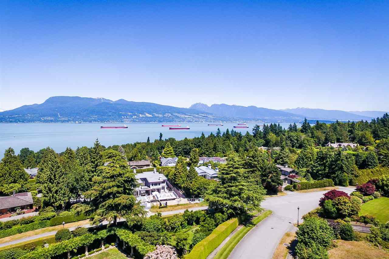 Detached at 1538 WESTERN CRESCENT, Vancouver West, British Columbia. Image 2
