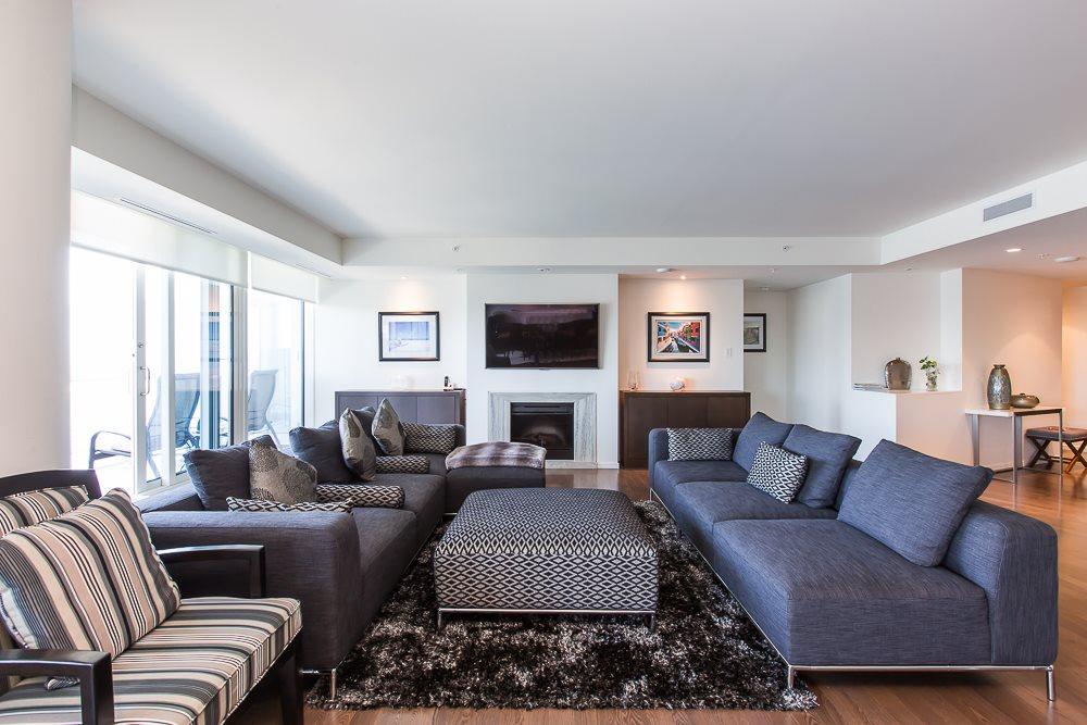 Condo Apartment at 3506 1011 W CORDOVA STREET, Unit 3506, Vancouver West, British Columbia. Image 2
