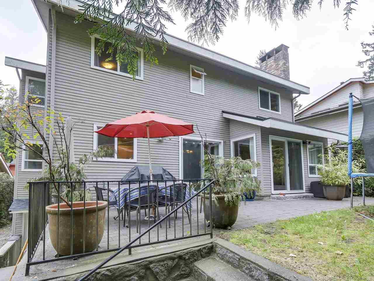Detached at 5634 HONEYSUCKLE PLACE, North Vancouver, British Columbia. Image 20