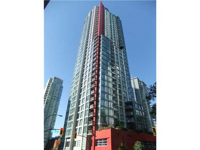 Condo Apartment at 3702 1211 MELVILLE STREET, Unit 3702, Vancouver West, British Columbia. Image 1