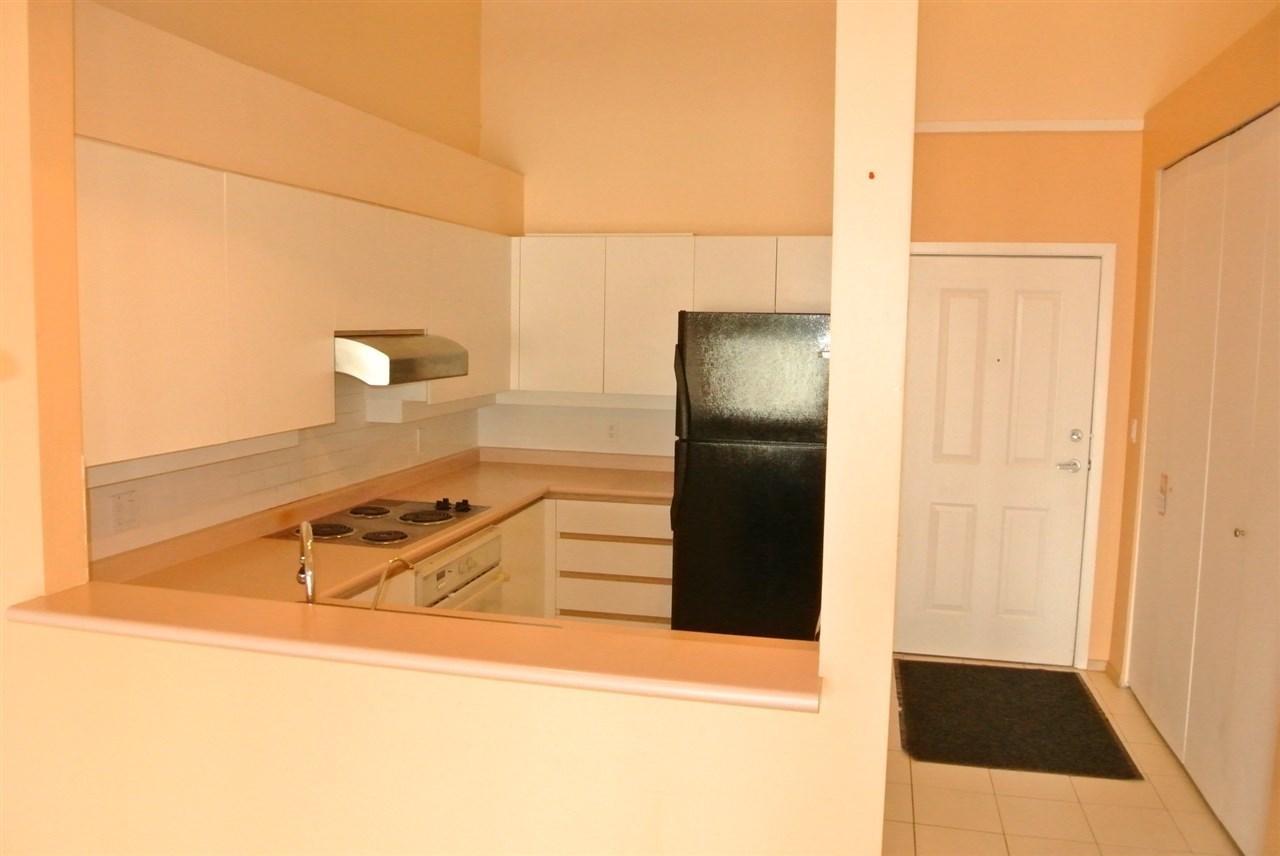 Condo Apartment at 315 7800 ST. ALBANS ROAD, Unit 315, Richmond, British Columbia. Image 3