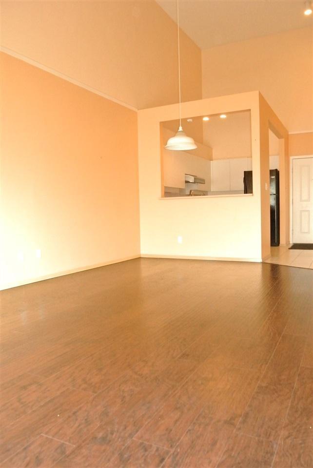 Condo Apartment at 315 7800 ST. ALBANS ROAD, Unit 315, Richmond, British Columbia. Image 4