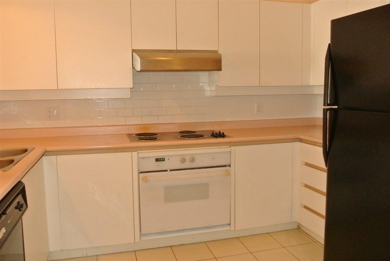 Condo Apartment at 315 7800 ST. ALBANS ROAD, Unit 315, Richmond, British Columbia. Image 6