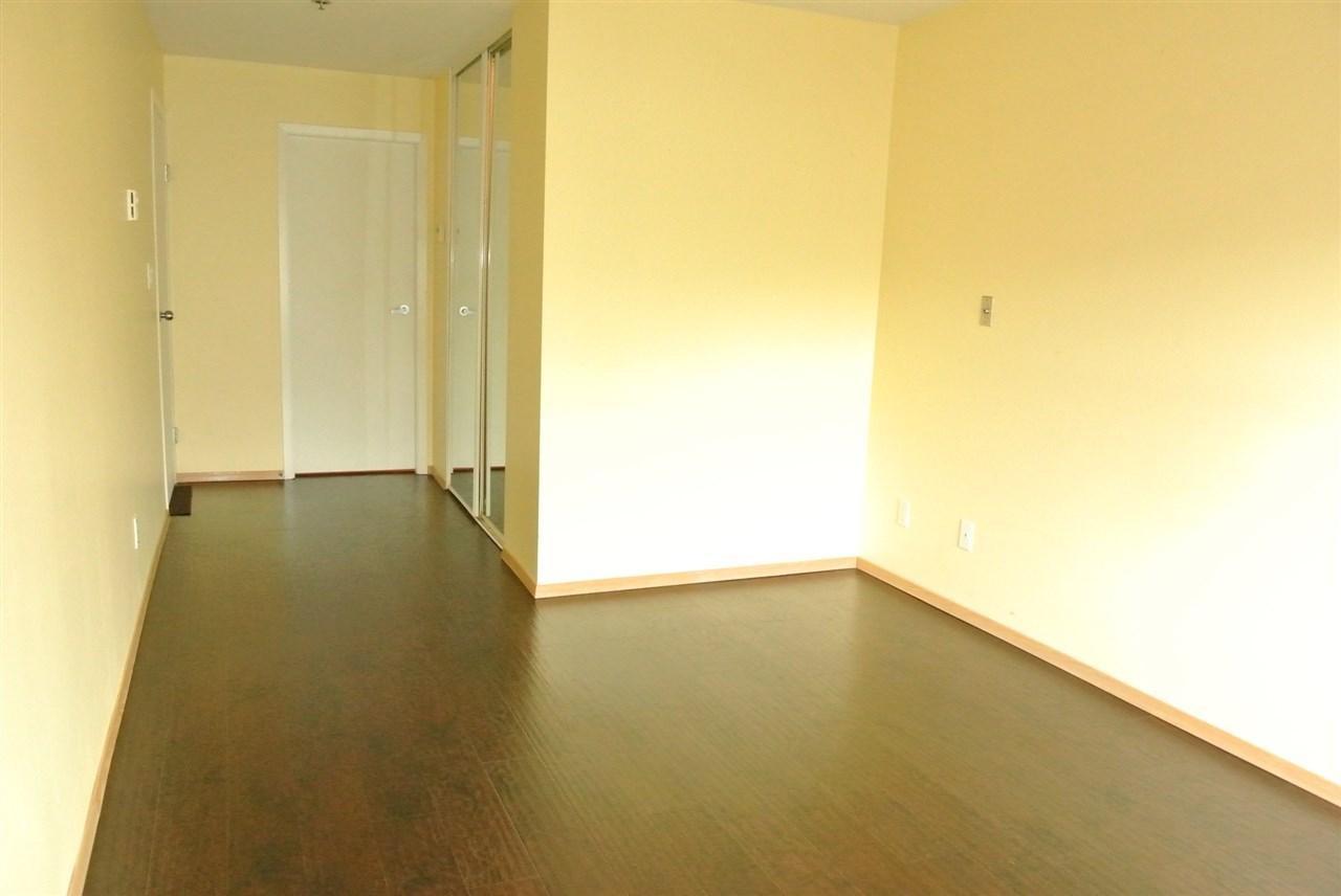 Condo Apartment at 315 7800 ST. ALBANS ROAD, Unit 315, Richmond, British Columbia. Image 7