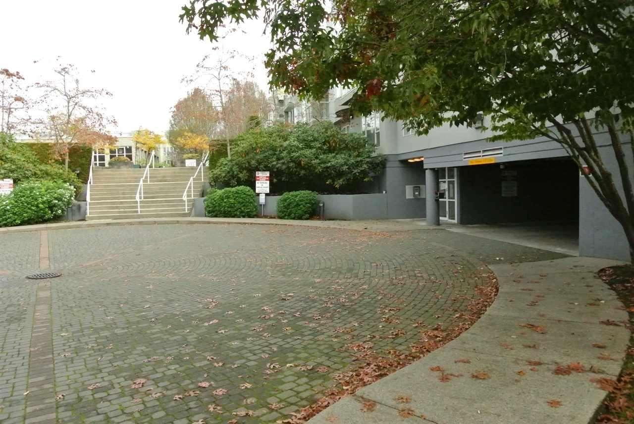 Condo Apartment at 315 7800 ST. ALBANS ROAD, Unit 315, Richmond, British Columbia. Image 11