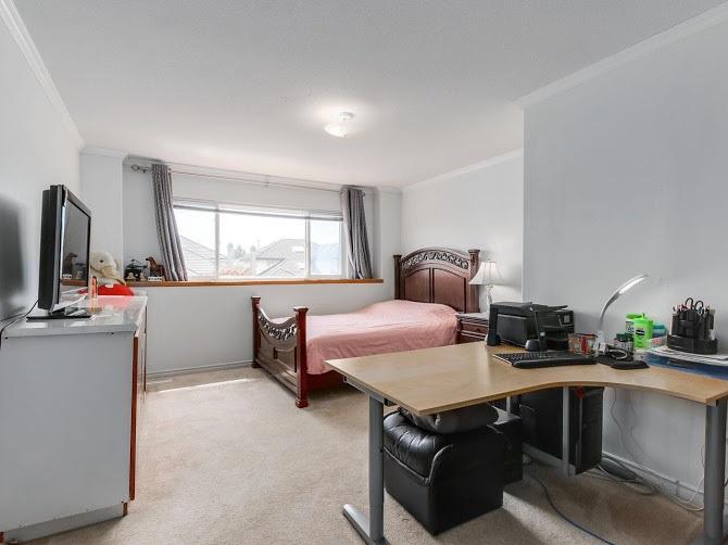Detached at 6391 LIVINGSTONE PLACE, Richmond, British Columbia. Image 10