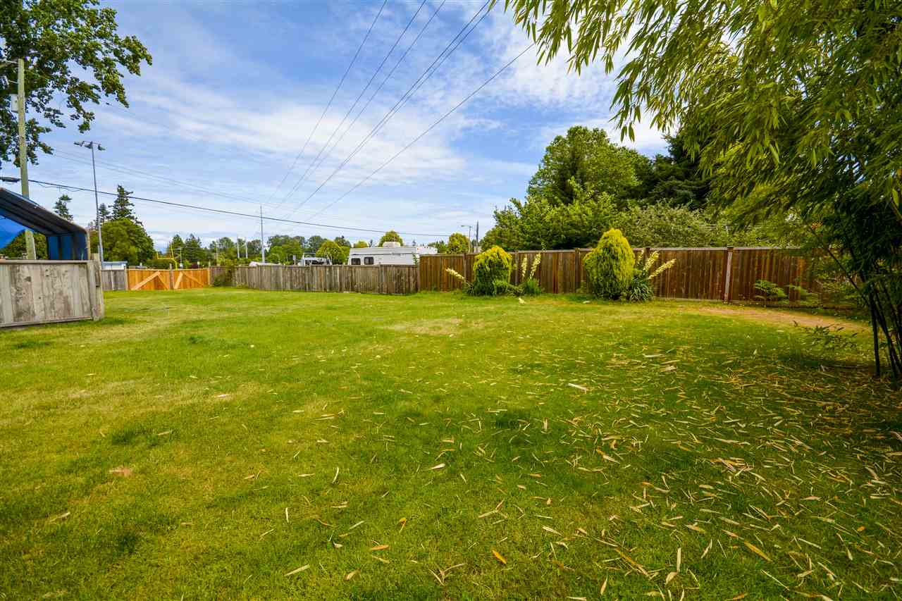 Detached at 5246 7A AVENUE, Tsawwassen, British Columbia. Image 17