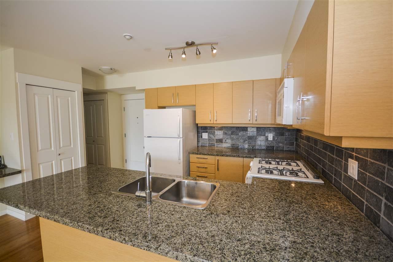 Condo Apartment at 311 1315 56 STREET, Unit 311, Tsawwassen, British Columbia. Image 5