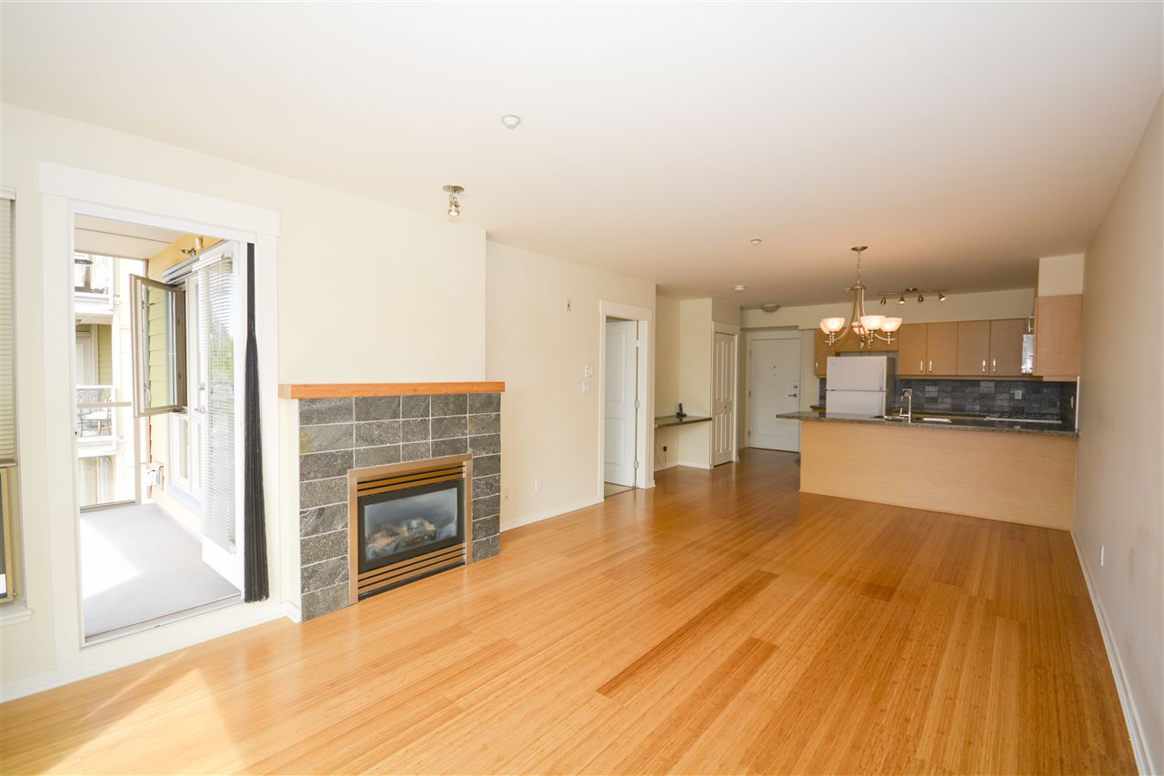 Condo Apartment at 311 1315 56 STREET, Unit 311, Tsawwassen, British Columbia. Image 6