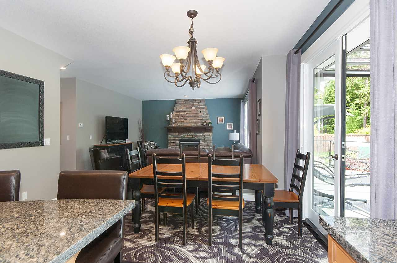Detached at 34 SPRUCE COURT, Port Moody, British Columbia. Image 8