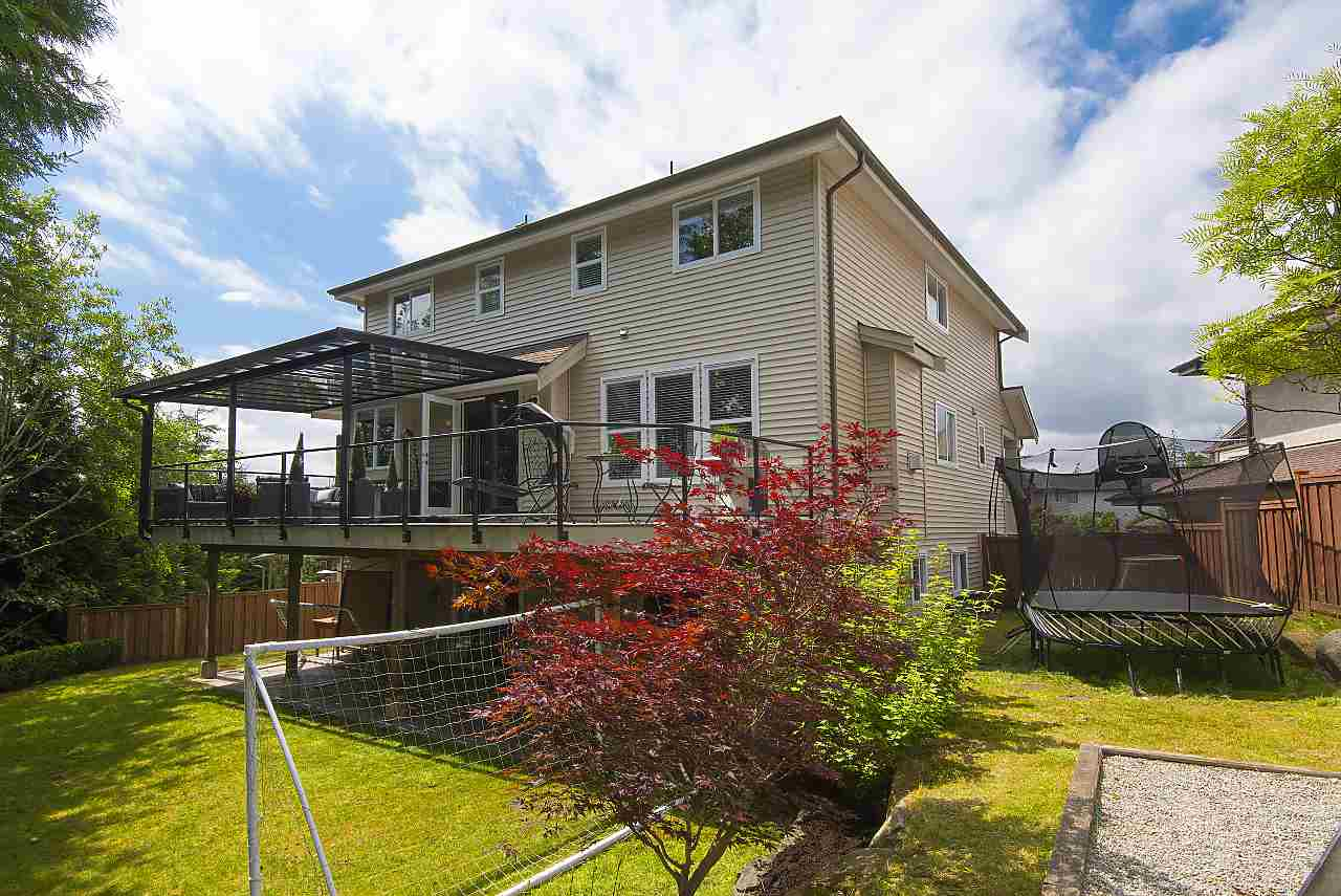 Detached at 34 SPRUCE COURT, Port Moody, British Columbia. Image 20