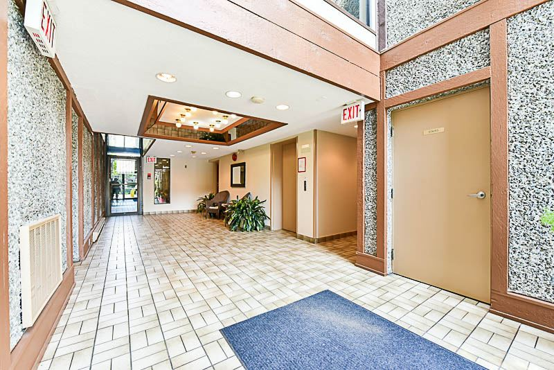 Condo Apartment at 112 13501 96 AVENUE, Unit 112, North Surrey, British Columbia. Image 4