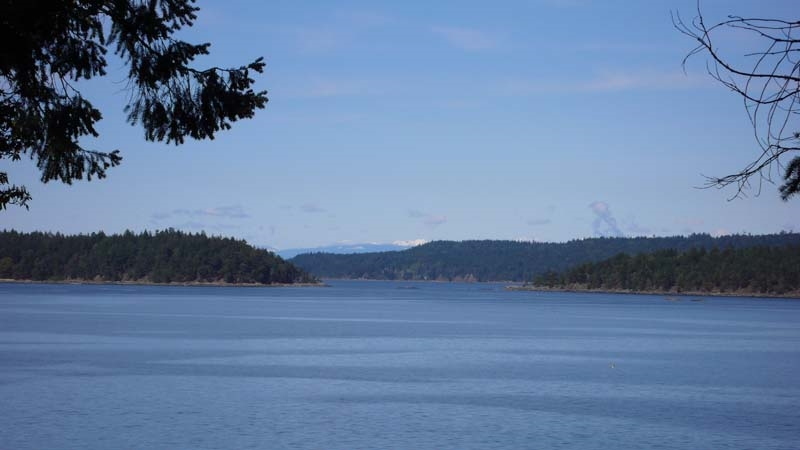 Detached at 2471 NORTH END ROAD, Islands-Van. & Gulf, British Columbia. Image 10