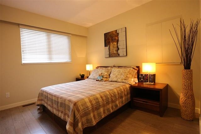 Detached at 12655 26A AVENUE, South Surrey White Rock, British Columbia. Image 11