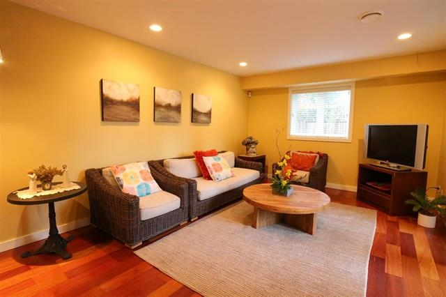 Detached at 12655 26A AVENUE, South Surrey White Rock, British Columbia. Image 15