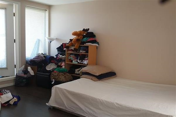 Condo Apartment at PH1 4113 FRASER STREET, Unit PH1, Vancouver East, British Columbia. Image 3