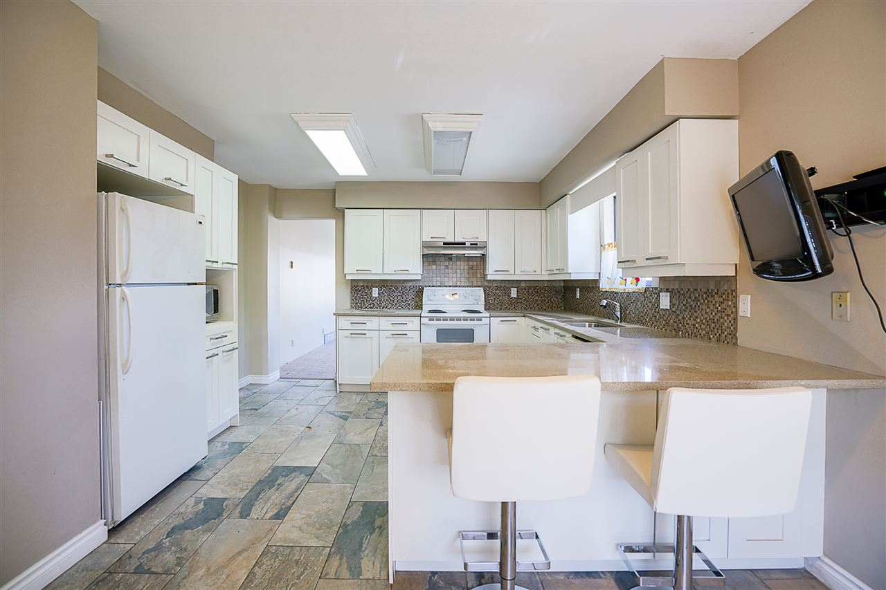 Detached at 2896 E 14TH AVENUE, Vancouver East, British Columbia. Image 5
