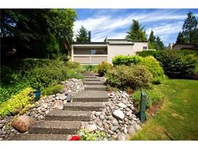 Detached at 3214 HUNTLEIGH CRESCENT, North Vancouver, British Columbia. Image 1