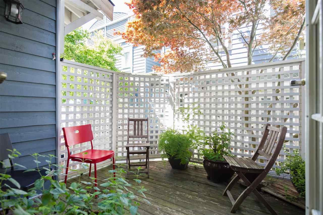Townhouse at 2118 CYPRESS STREET, Vancouver West, British Columbia. Image 9