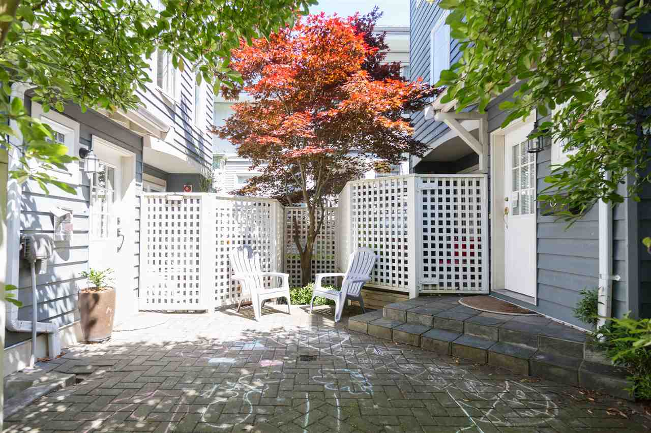 Townhouse at 2118 CYPRESS STREET, Vancouver West, British Columbia. Image 10