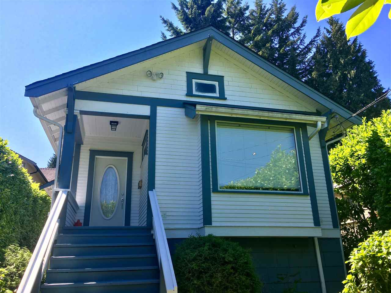 Detached at 3021 FROMME ROAD, North Vancouver, British Columbia. Image 1