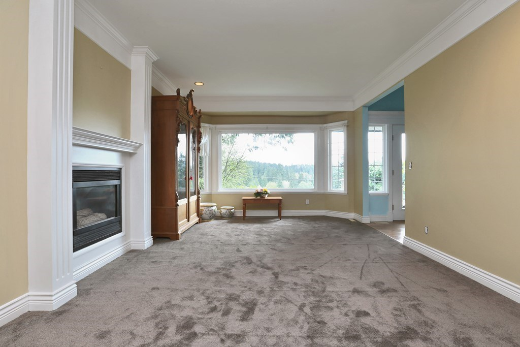 Detached at 1919 CLIFFWOOD ROAD, North Vancouver, British Columbia. Image 5