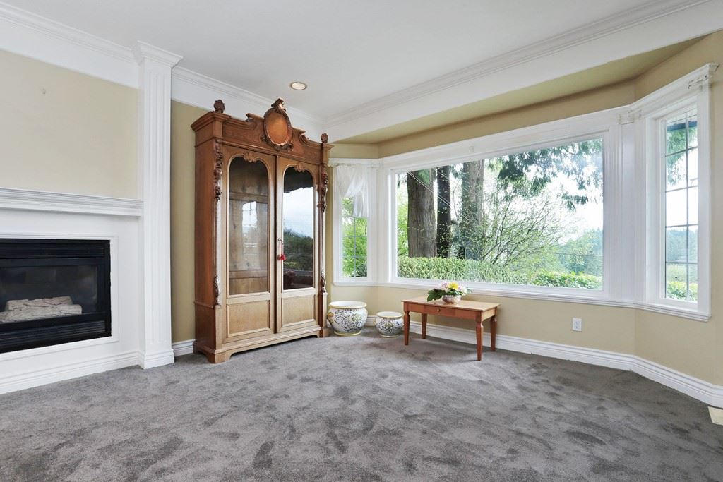 Detached at 1919 CLIFFWOOD ROAD, North Vancouver, British Columbia. Image 6