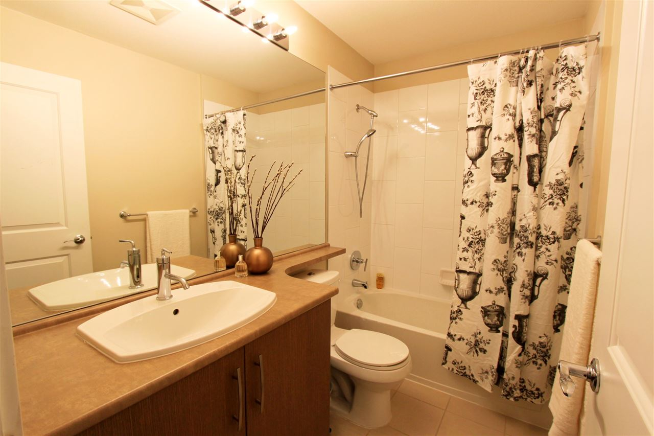 Townhouse at 39 9800 ODLIN ROAD, Unit 39, Richmond, British Columbia. Image 13