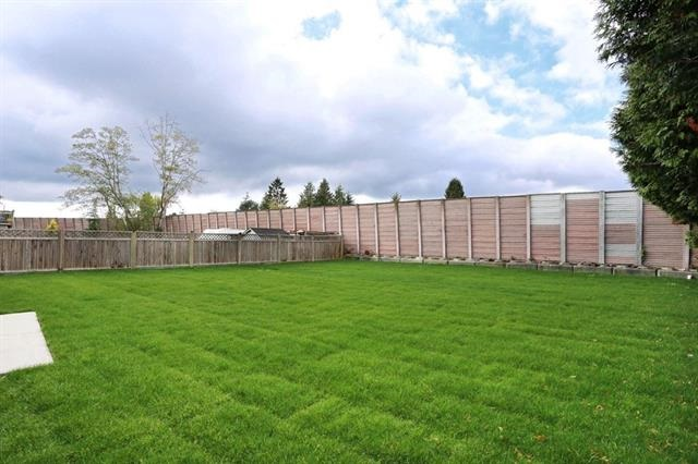 Detached at 4999 60A STREET, Ladner, British Columbia. Image 3