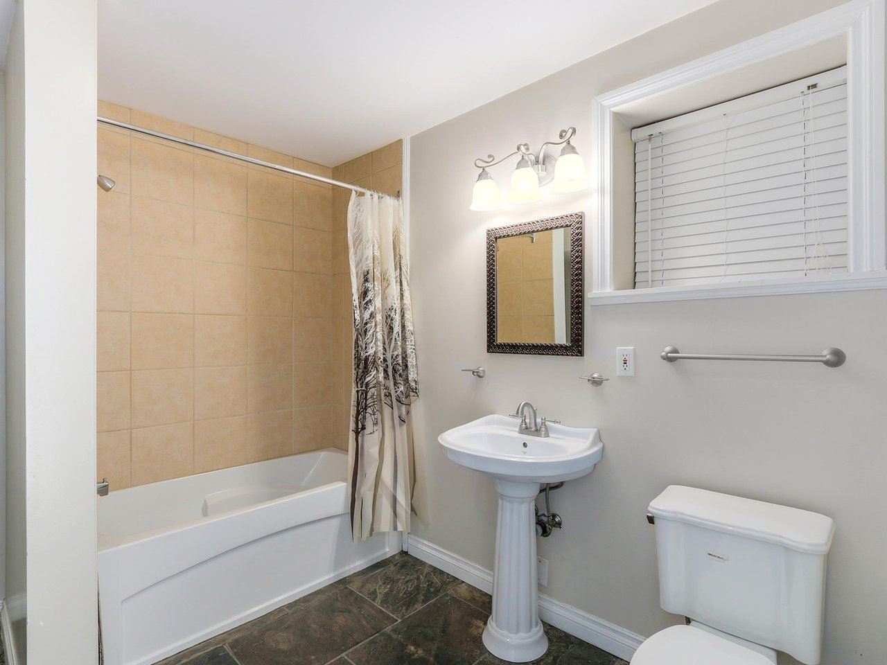 Detached at 782 ROCHESTER AVENUE, Coquitlam, British Columbia. Image 15