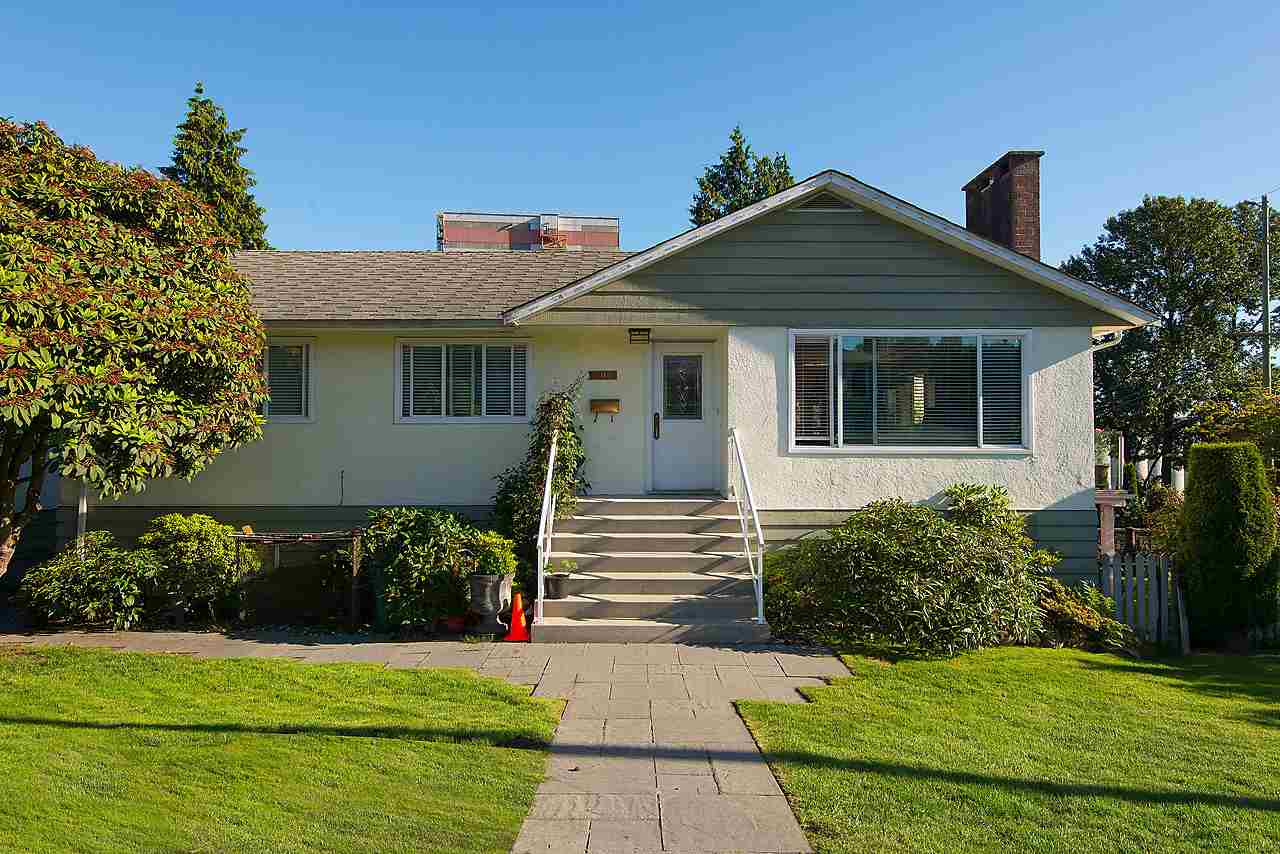 Detached at 507 E 1ST STREET, North Vancouver, British Columbia. Image 4
