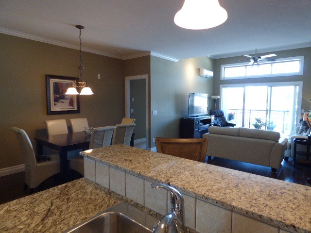 Condo Apartment at 401 9270 EDWARD STREET, Unit 401, Chilliwack, British Columbia. Image 6