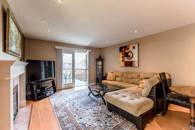 Detached at 2161 MARY HILL ROAD, Port Coquitlam, British Columbia. Image 10