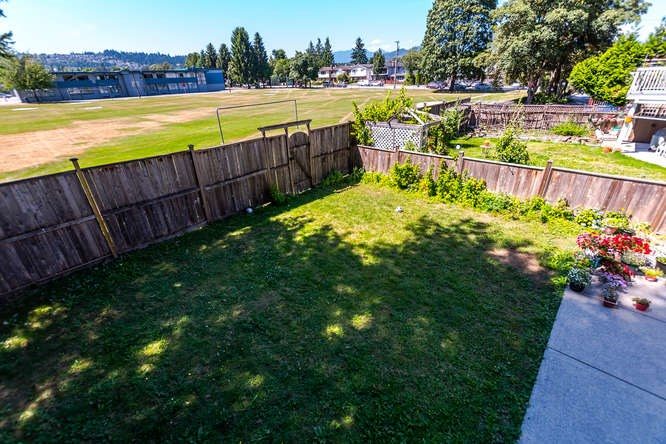 Detached at 2161 MARY HILL ROAD, Port Coquitlam, British Columbia. Image 14