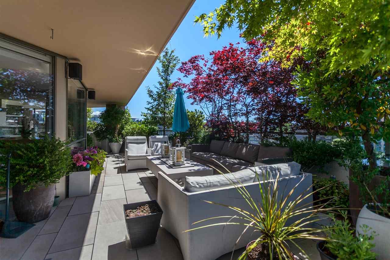 Condo Apartment at 1103 2201 PINE STREET, Unit 1103, Vancouver West, British Columbia. Image 8