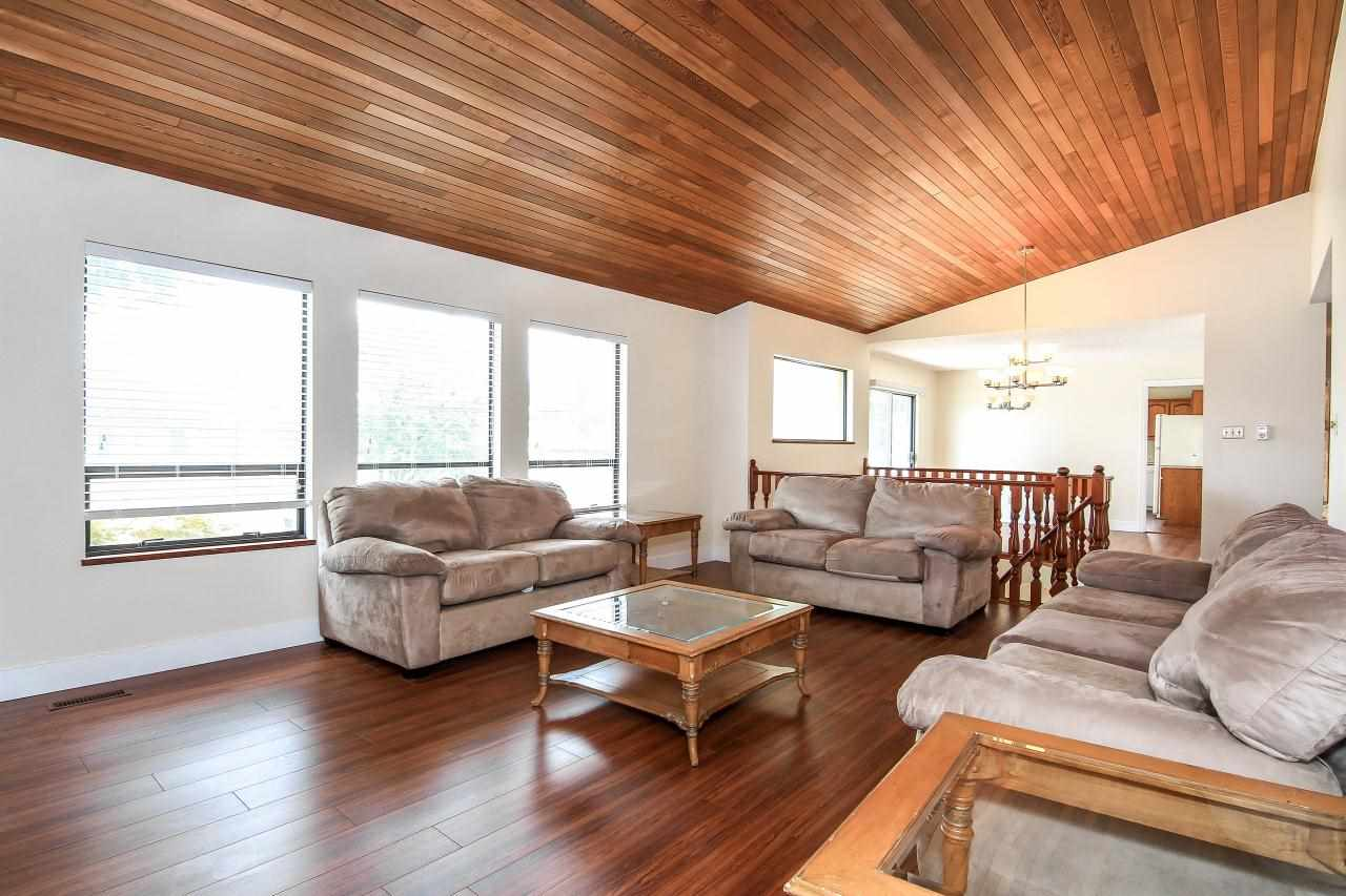 Detached at 7658 CUMBERLAND STREET, Burnaby East, British Columbia. Image 11