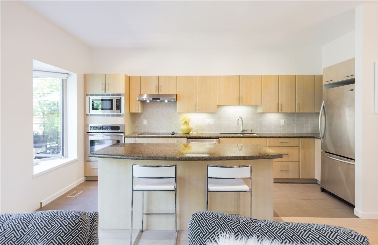 Townhouse at 22 3750 EDGEMONT BOULEVARD, Unit 22, North Vancouver, British Columbia. Image 5