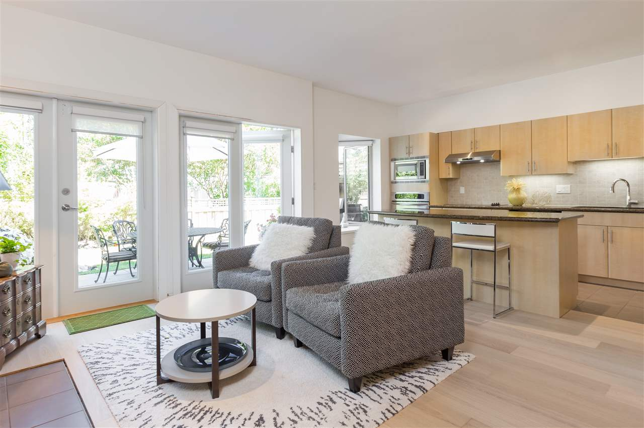Townhouse at 22 3750 EDGEMONT BOULEVARD, Unit 22, North Vancouver, British Columbia. Image 6