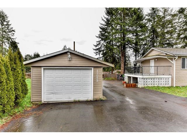 Detached at 17079 80 AVENUE, Surrey, British Columbia. Image 3