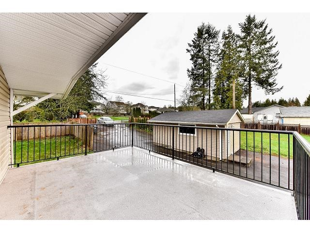 Detached at 17079 80 AVENUE, Surrey, British Columbia. Image 17