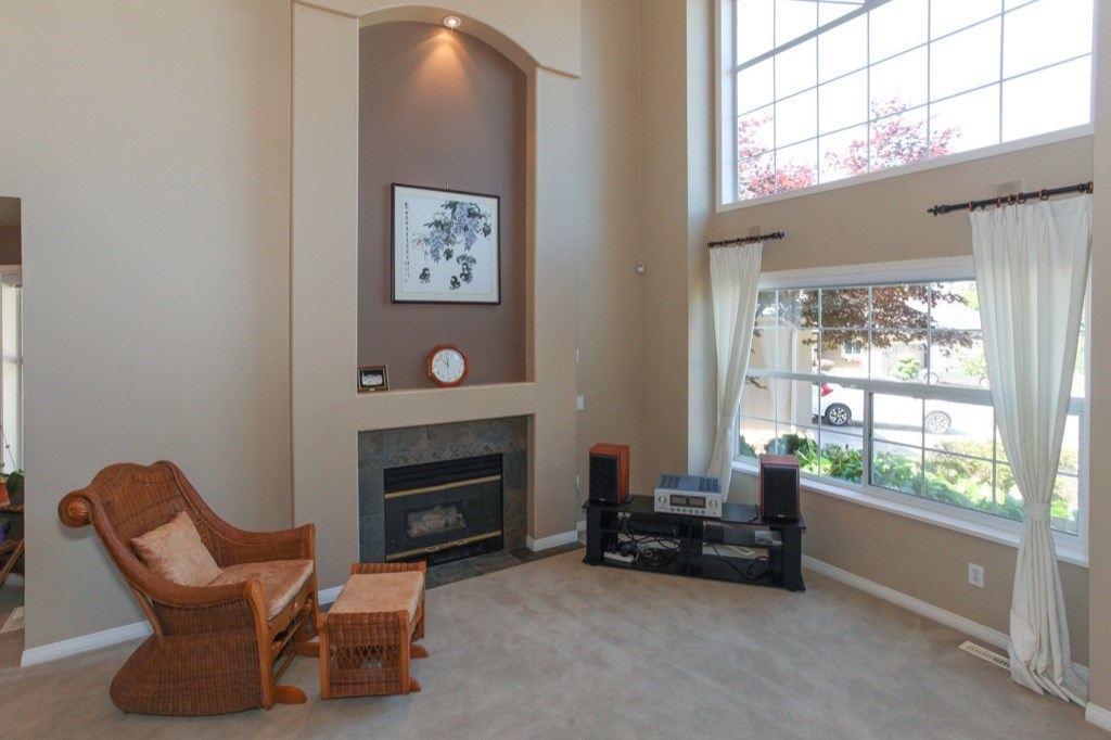 Detached at 2173 140A STREET, South Surrey White Rock, British Columbia. Image 3